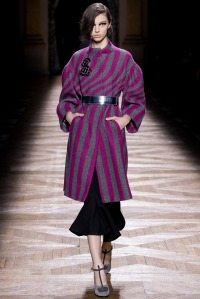 look 1 dries van noten abrigo