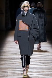 look 15 dries van noten abrigo
