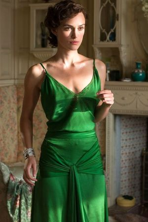 green dress colorpoder